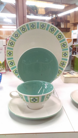 Bombay Green Cup & Saucer