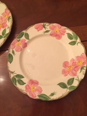 """Desert Rose 9.5"""" Dinner Plate"""