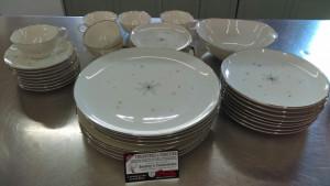 "Evening Star 6.25"" Bread Plate"