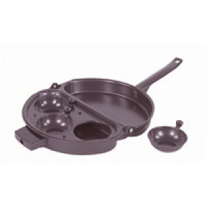 Non stick omelette pan w/ Egg poacher