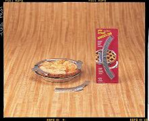 Pie crust shield, comes in pieces