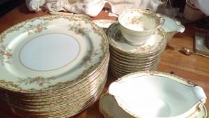 "Noritake Nanarosa 10"" Dinner Plate"