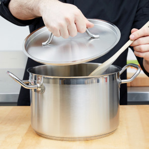 Stock pot, 8 qt with cover, S/S w/ clad bottom