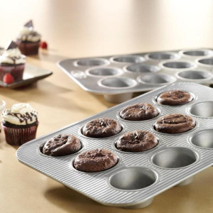 12 cup Muffin pan Made in USA