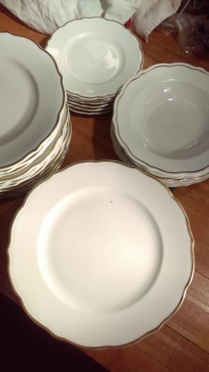 "Gourmet 9.75"" Dinner Plate"