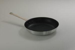 "10-3/8"" Nonstick fry pan, Aluminum w/ sleeve"