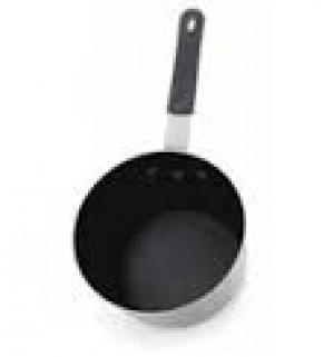Nonstick Aluminum 1.5 qt sauce pan. Made in USA