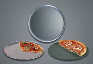"Hard coat anodized 12"" wide rim pizza pan"