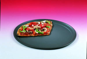 "Hard coat anodized 17"" wide rim pizza pan"