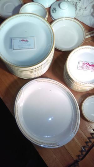 "Honeycomb 6.25"" Bread Plate"