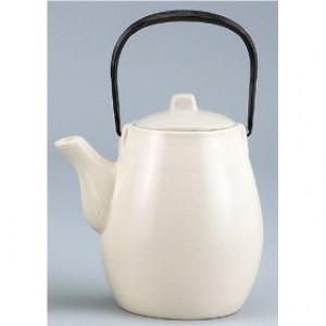 Mitsuko Teapot, White, 20 oz w/ Metal handle
