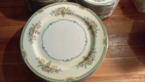 """Girardo 9-7/8"""" Dinner Plate"""