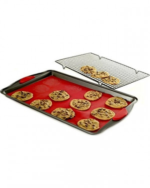 Nonstick Cookie Sheet w/ silicone mat & rack