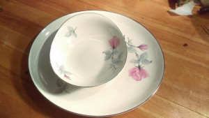 "Syracuse China Bridal Rose 15"" platter"
