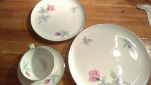 "Syracuse China Bridal Rose 8"" lunch plate"