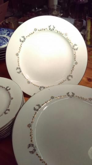 "Coronation 10.75"" Dinner Plate"