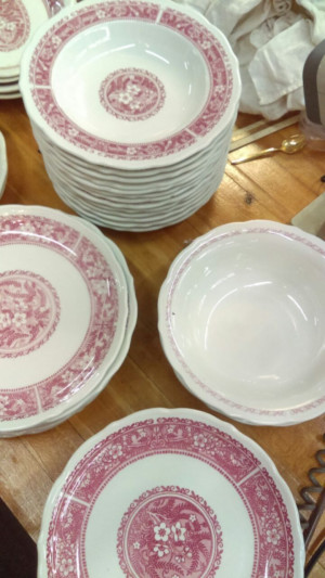Strawberry Hill rimmed soup bowl 9.25""