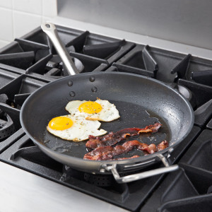 "12"" S/S Fry pan with helper handle, clad bottom"