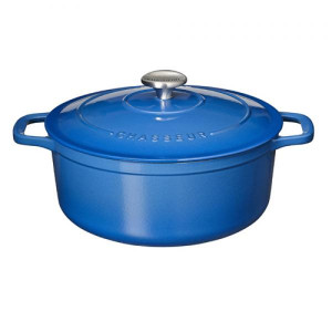 Chasseur Light Blue 7 qt oval dutch oven