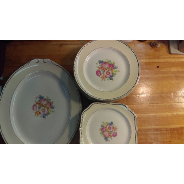 """Georgian 8"""" Square Lunch Plate"""