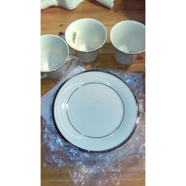 "Solitaire 6.25"" Bread Plate"