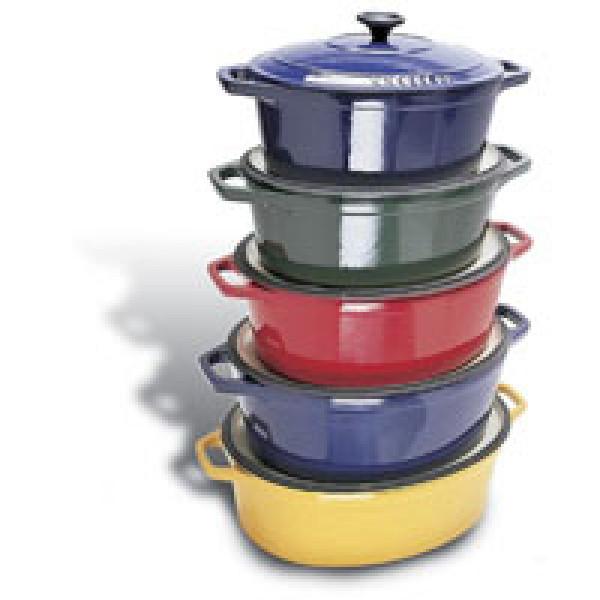 Chasseur Blue 6 3/4 qt oval dutch oven