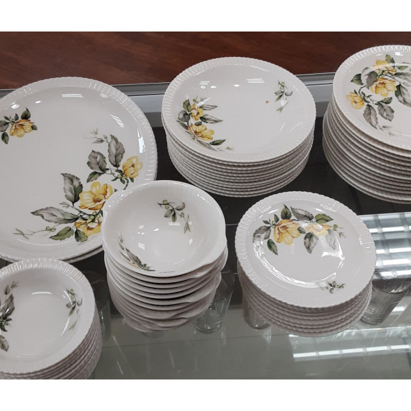 """Yellow Roses 8"""" Soup Bowl"""